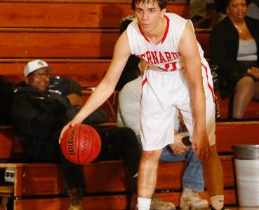 Seniors lead Boys Basketball to strong season