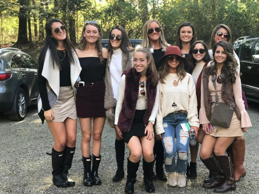 Students gather in Far Hills for The Hunt in style