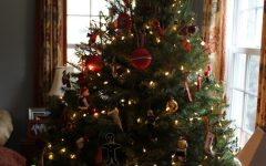 Simple ways to decorate for the holidays