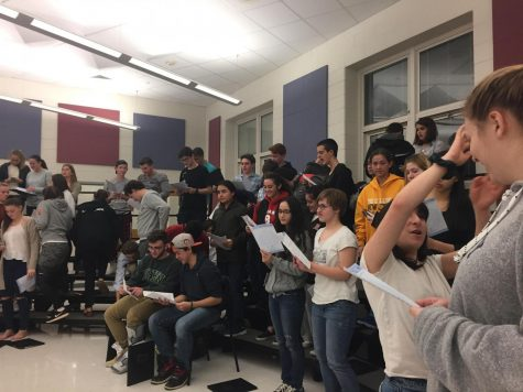 Chorus and Band kick off Holiday Season