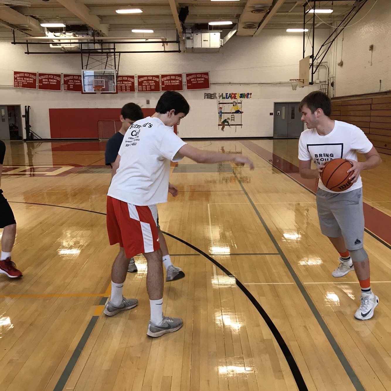 Tyler Stevenson '21 looks to score in week 1 of intramural basketball